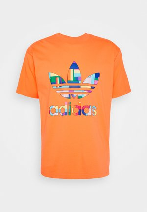SPORTS INSPIRED SHORT SLEEVE TEE - Triko s potiskem - trace orange