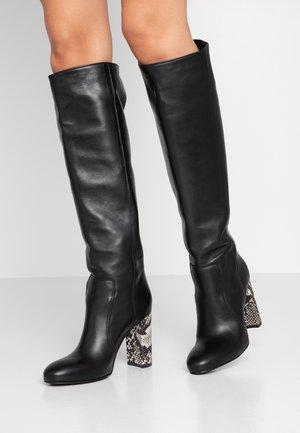 High heeled boots - nero