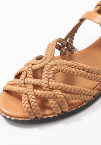 See by Chloé - Sandals - cognac - 2