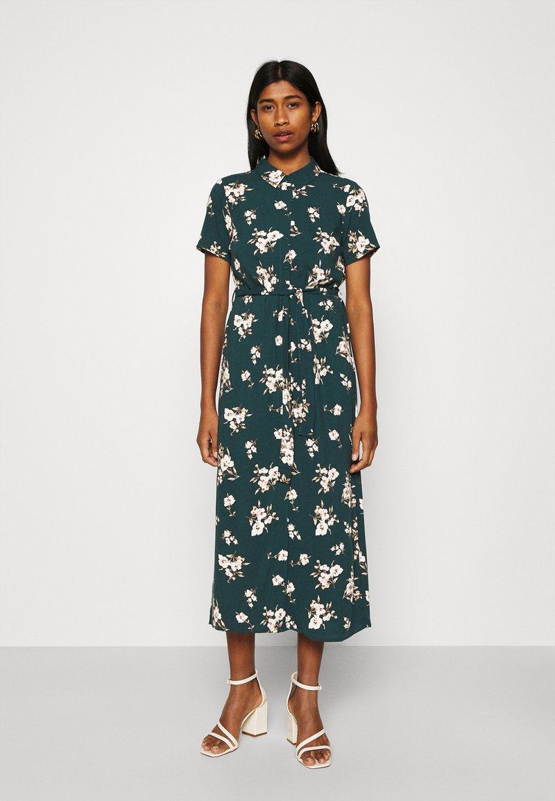 Vero Moda - VMSIMPLY EASY LONG SHIRT DRESS - Shirt dress - ponderosa pine