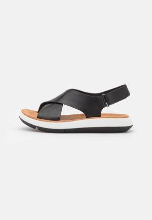 JEMSA CROSS - Sandály na platformě - black