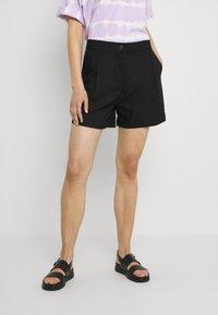 Monki - Shorts - black - 0