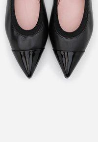 Pretty Ballerinas - Baleríny - shade - 6