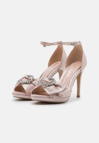 Lulipa London - JOJO - Korkeakorkoiset sandaalit - blush shimmer - 2