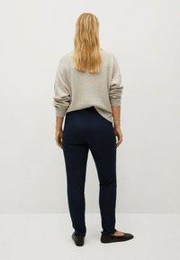Violeta by Mango - ELASTIC - Trousers - dunkles marineblau - 2