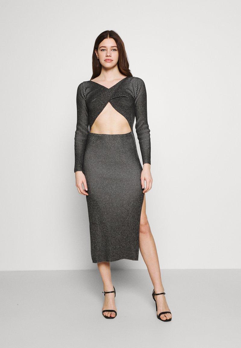 Milk it - LONG SLEEVE PLATED MIDI DRESSW TWIST - Jumper dress - black