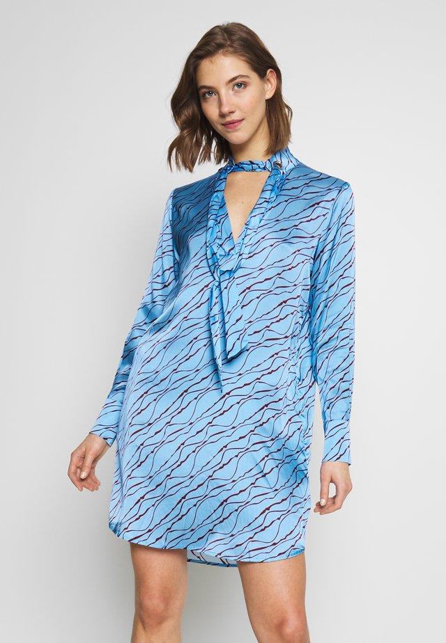 STELLA  DRESS - Sukienka letnia - blue