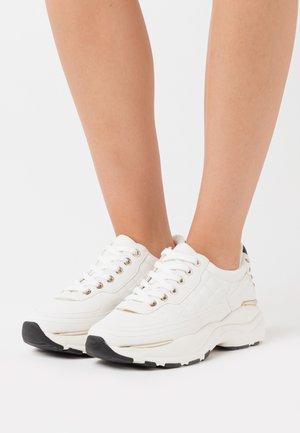 SHINE - Trainers - white