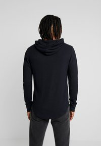 Hollister Co. - WAFFLE HOODS  - Jersey con capucha - black - 2