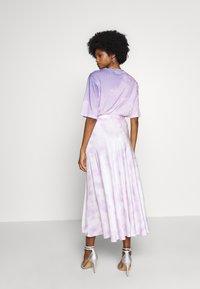 Guess - ARIELLE SKIRT - A-line skirt - purple - 2