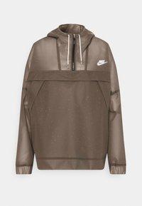 Nike Sportswear - EARTH DAY - Cortaviento - black/white - 5