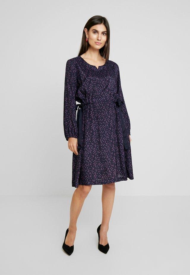NOATTA DRESS - Korte jurk - violet