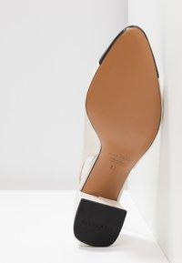 Pretty Ballerinas - SHADE - Classic heels - avorio - 6