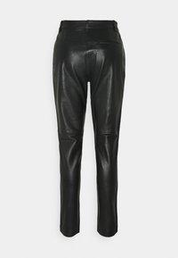 Bruuns Bazaar - PETRAH TILLY PANT - Leather trousers - black - 1