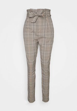 VMEVA PAPERBAG PANT - Trousers - tobacco brown/multi