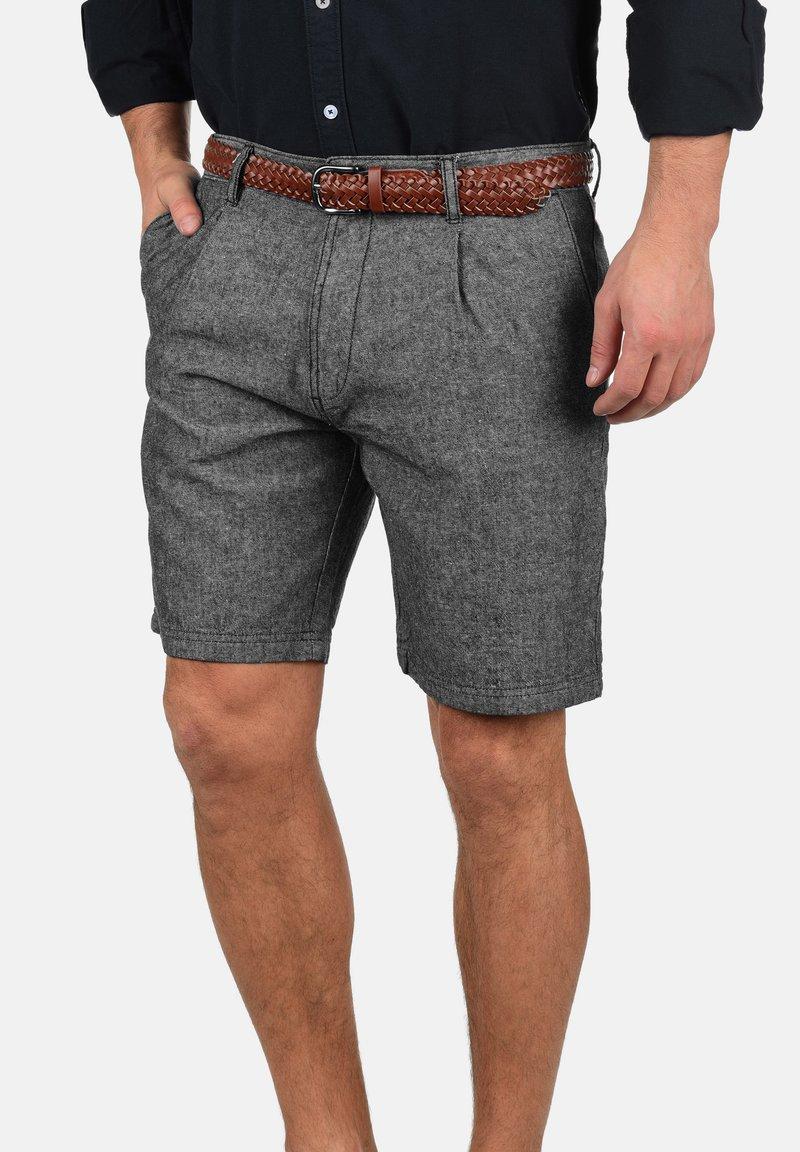 INDICODE JEANS - LEDIAN - Shorts - black