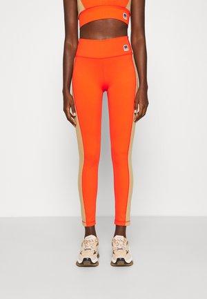 COLOUR BLOCK - Legíny - orange