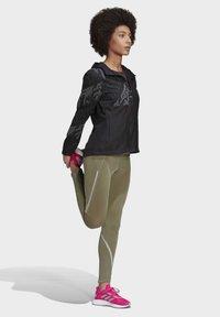 adidas Performance - OWN THE RUN REFLECTIVE JACKET - Training jacket - black - 1