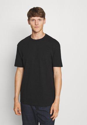 BOXY - Basic T-shirt - black
