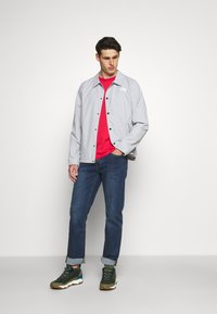 The North Face - COACHES JACKET - Windbreaker - high rise grey - 1