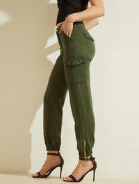 Guess - Cargo trousers - grün - 3