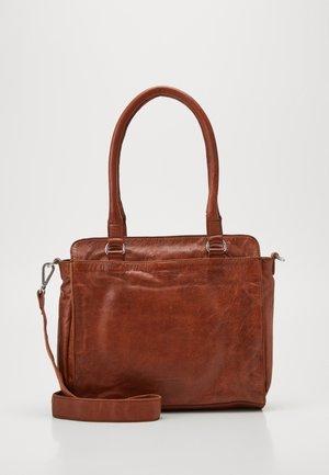 RISE - Handbag - whisky