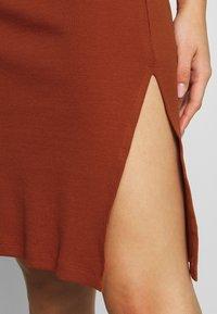 Even&Odd - Pouzdrové šaty - potter's clay - 5