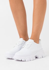Nly by Nelly - CHEW ON YOUR  - Trainers - white - 0