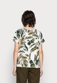 Part Two - ICALINA - Print T-shirt - green - 2