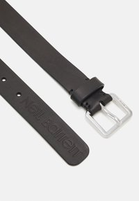 Neil Barrett - LOGO SQUARE BUCKLE BELT - Pásek - black - 4