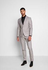Bertoni - DREJER JEPSEN SUIT - Suit - light grey - 0