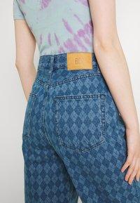 BDG Urban Outfitters - ARGYLE MODERN BOYFRIEND  - Jeans straight leg - light vintage - 3