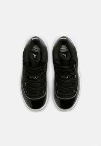 Jordan - 11 RETRO UNISEX - Vysoké tenisky - black/multicolor - 1