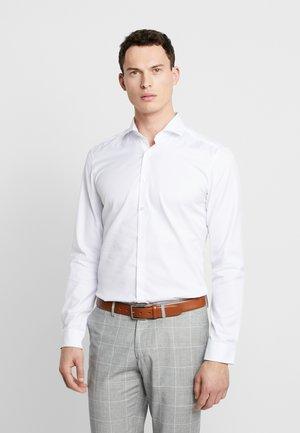 SUPER SLIM COVER SHIRT - Camicia elegante - weiß