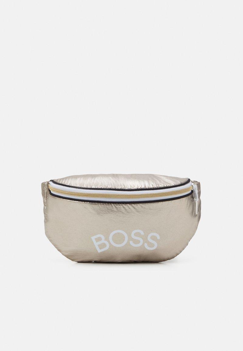 BOSS Kidswear - BUM BAG - Riñonera - golden