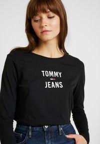 Tommy Jeans - SQUARE LOGO LONGSLEEVE - Long sleeved top - black - 3