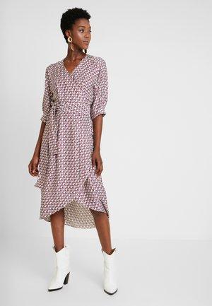 EASE - Denní šaty - purple