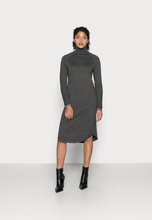 ANNEMARIE DRESS - Jumper dress - raven melange