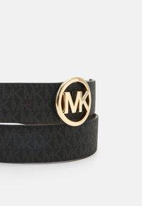 MICHAEL Michael Kors - LOGO REVERSIBLE BELT - Belt - black/brown/gold - 4