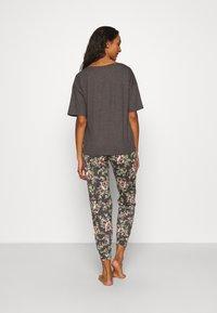 Marks & Spencer London - HAPPINESS - Pyjamas - charcoal - 2