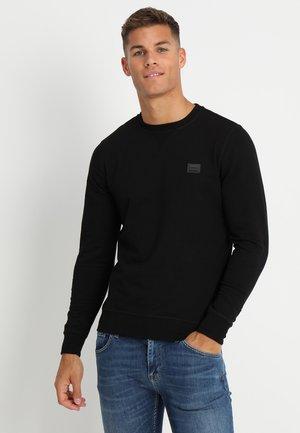 FELPA GIROCOLLO BASIC CON PLACCHETTA - Sweatshirt - nero