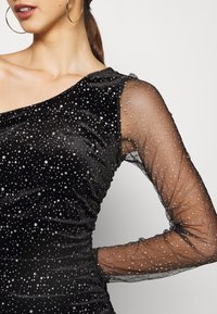 Missguided - COSTELLO ONE SHOULDER GLITTER BODYCON DRESS - Vestido de cóctel - black