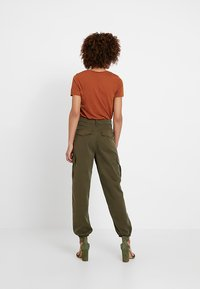 Miss Selfridge - TROUSER - Trousers - khaki - 3