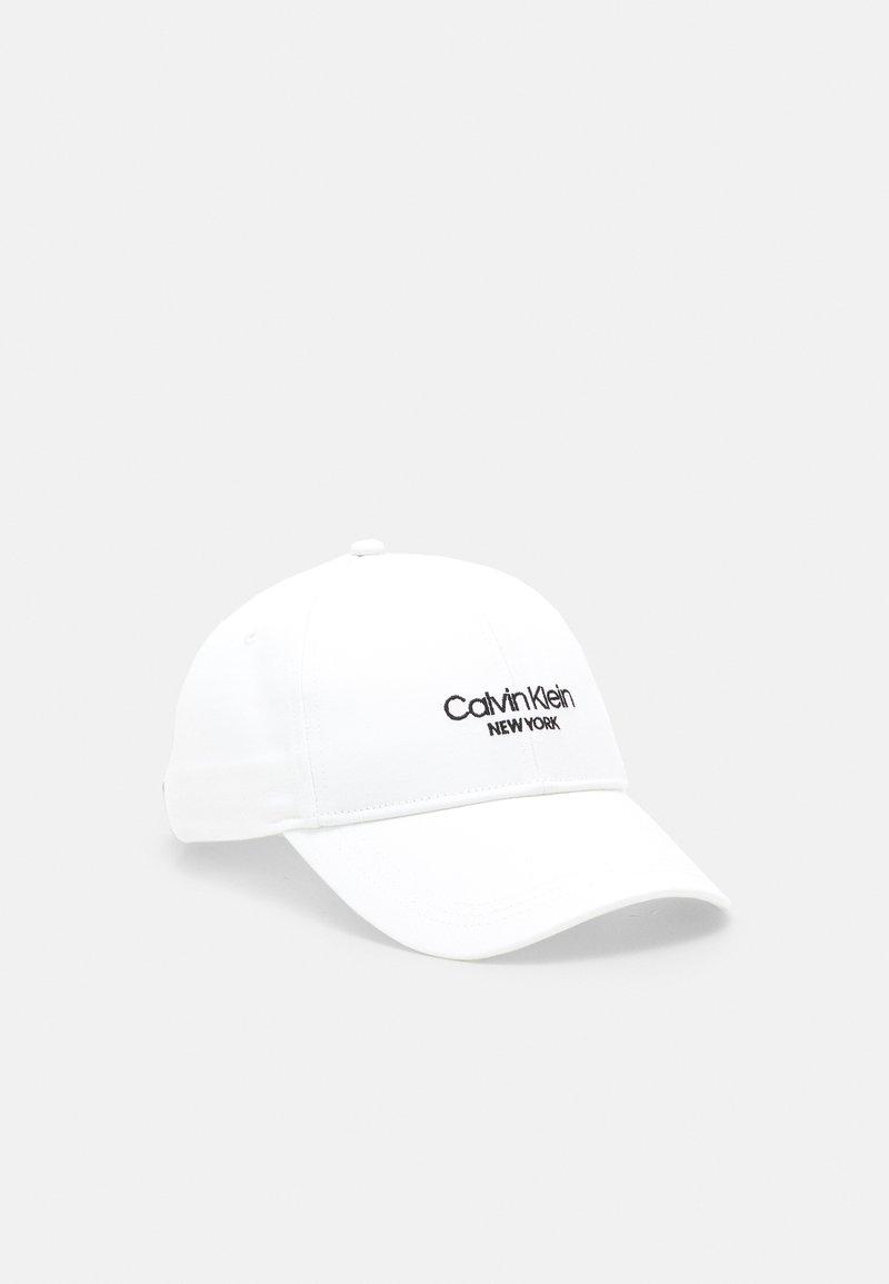 Calvin Klein - Kšiltovka - white