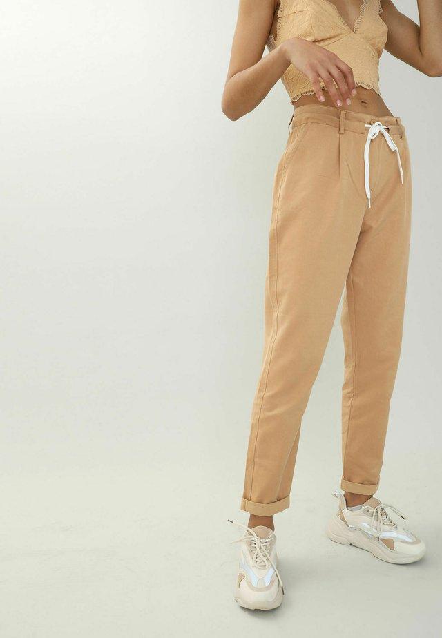 Pantaloni sportivi - camel