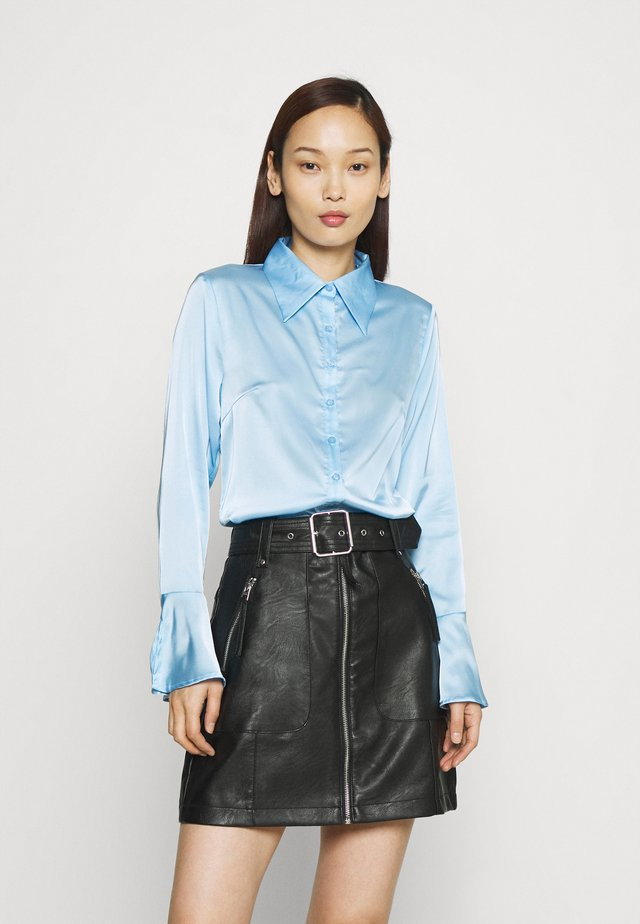 STUDIO EAGGERATED COLLAR BLOUSES - Overhemdblouse - light blue