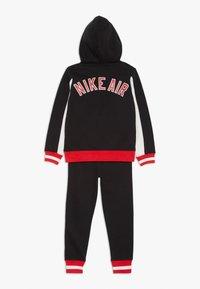 Nike Sportswear - AIR SET - Trainingsanzug - black - 1