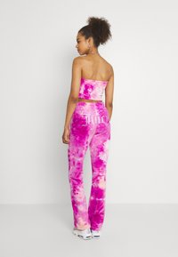 Juicy Couture - TINA TRACK PANTS - Tracksuit bottoms - rosebud/almond blossom - 2