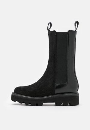 DORIS - Platform boots - black hi shine/black