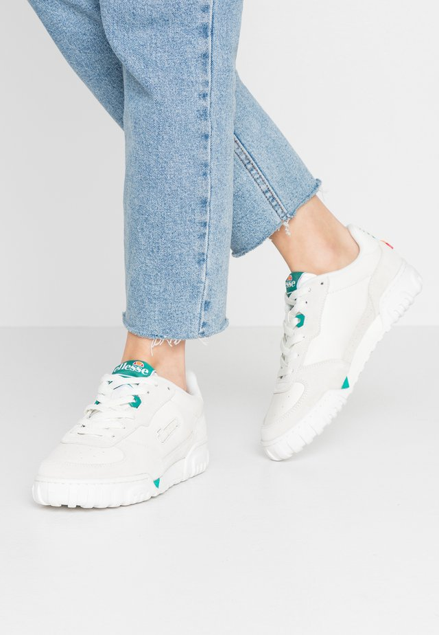 TANKER - Trainers - offwhite/white/green